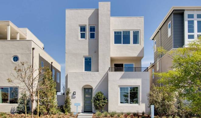 metropolis-exterior-02-deco-at-cadence-park-new-homes-irvine-ca